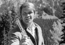 Glen Campbell Country singer Glen Campbell dies at 81
